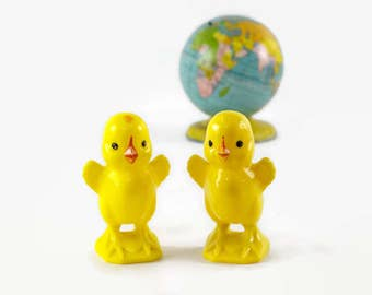 Plastic Easter Chicks, Vintage Easter Decorations, Knickerbocker Plastic Chick Baby Rattles