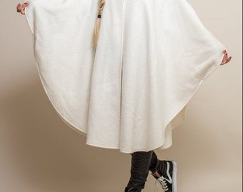 Vintage CLOAK- 80s 90s white black MINIMALIST cape fleece oversized draped Large soft cozy cape