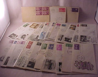 US Postage Stamps 24 First Day Issue Envelopes 1940s-1950s