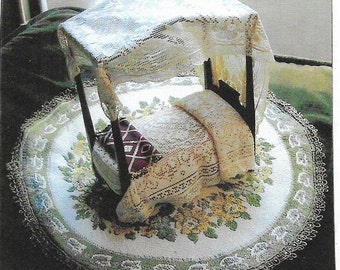 Minature Handmade Doll House Canopy Bed 1930s Era #B101 Anbtiques & Collectibles