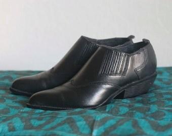 Zodiac Black Leather Western Booties Size 5 1/2 Women's