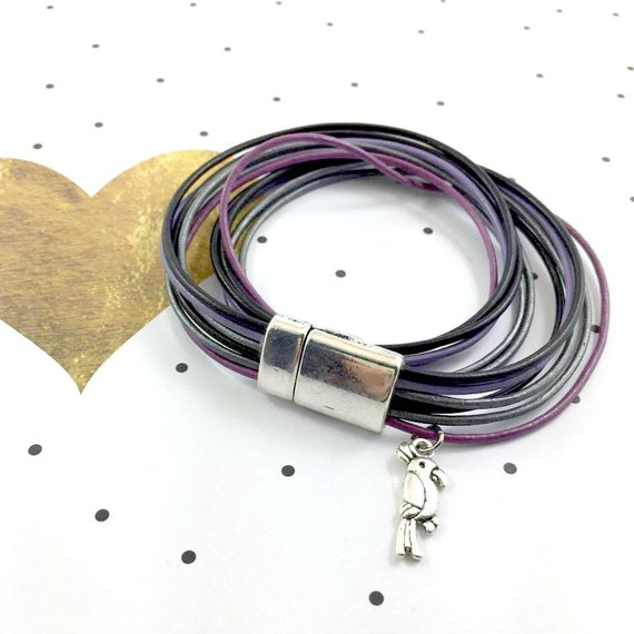 Leather, magnetic, magnet, bracelet, black, purple, lilac,  parrot charm, black leather, choker necklace, magnet, les perles rares