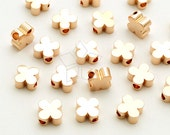 ME-259-RG / 4 Pcs - Clover Charms, Four Leaf Clover Bead Centerpiece, Poker Pendant, Rose Gold Plated over Brass / 6mm