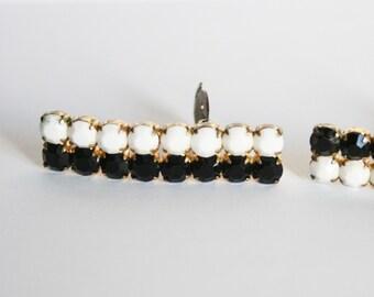 Vintage black and white rhinestone earrings.  Monochrome earrings. Clip on earrings. Slim earrings