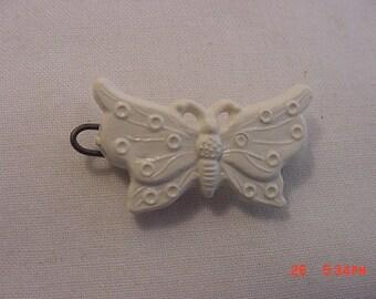 Vintage White Plastic Butterfly Barrett  17 - 401
