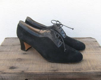 80s Salvatore Ferragamo Black Suede Shooties Oxford Booties Lace Up Heeled Shoes Made in Italy Ladies Size 10.5