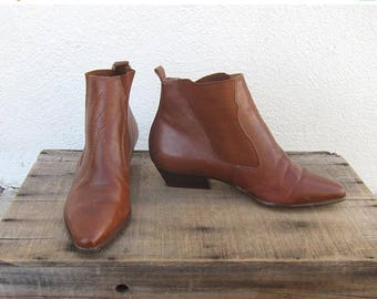 15% Off Out of Town Sale 80s Chelsea Ankle Boots Booties Brown Leather Booties Ladies 6