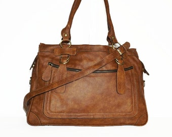 Rina Oversized. Distressed Leather handbag // Leather tote handbag cross-body bag in vintage tan fits a 17 inches laptop