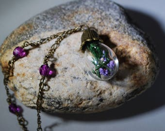 Real Flower Necklace, Glass Globe, Globe Necklace, Dried Flowers, Terrarium Necklace, Nature Jewelry, Gift for Her, Botanical Jewelry, Gift