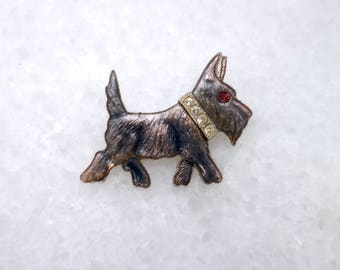 Dog novelty pin. 1940's scott dog brooch. silver metal. crystal gems. 40.