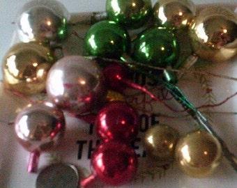 Vintage Antique Glass Floral Poke Christmas Ornaments Balls 0034