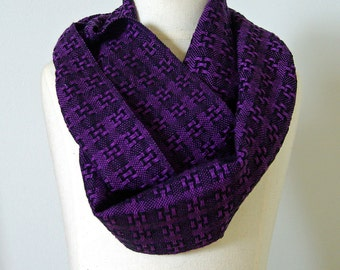 Handwoven Huck Lace Cotton Infinity Scarf - Purple