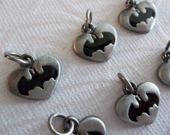Batman Charms - D.C. Comics Originals - Antiqued Silver Grey & Black Batwings - Batman Logo - Heart Shape - Qty 6