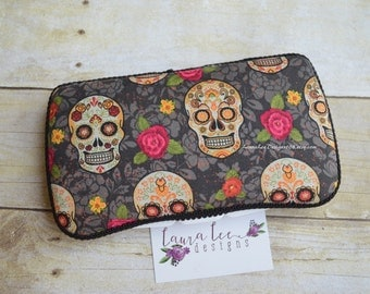 READY TO SHIP Sugar Skulls Day of the Dead Travel Baby Wipe Case, Diaper Wipes Case, Personalized, Baby Shower Gift, Diaper Bag Wipe Holder