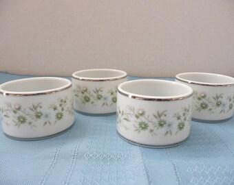 "Set of 8, RARE Noritake 2031 ""Savannah"" Porcelain Napkin Rings - New in Box"