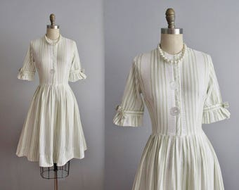50's Shirtwaist Dress // Vintage 1950's Striped Cotton Shirtwaist Full Garden Party Shirtwaist Dress