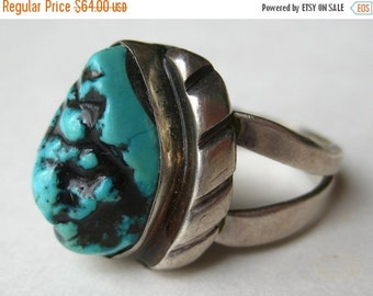 HOLIDAY SALE Vintage Mens Sterling Silver Turquoise Navajo American Indian Ring size 10