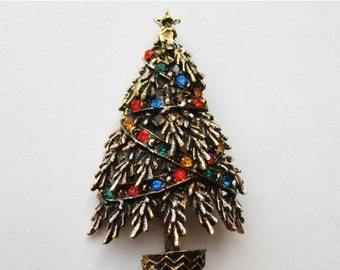 HOLIDAY SALE Vintage 50s ART Rhinestone Jeweled Gold Christmas Tree Pin Brooch