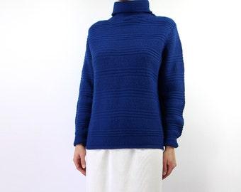 VINTAGE 1960s Turtleneck Sweater Blue