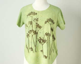 small medium hand dyed hand printed pale green rayon top with Queen Anne's lace