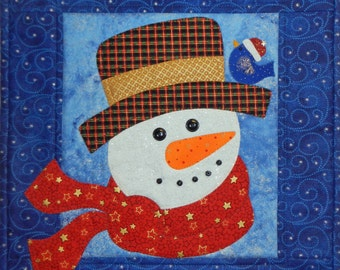 Snow Folk Face, Scarf and Bird Wall Quilt, 4905-0, winter wall quilt, snowman wall quilt