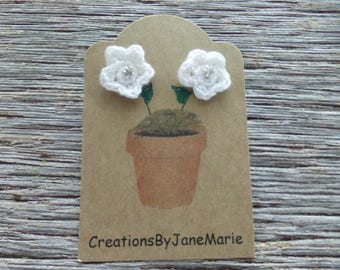 Crocheted Flower Earrings, White Crocheted Flowers, Stud Earrings