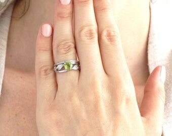 Natural Leaf Peridot Engagement Set, Leaves Wood Engagement Set, Peridot Engagement Ring, Peridot Leaf Engagement Ring, Twig Engagement Ring