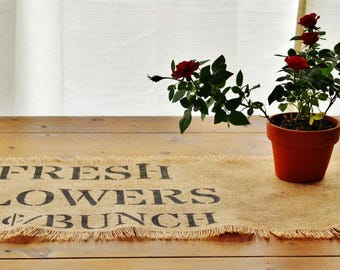 Farmhouse Burlap Table Runner - Fresh Flowers Design home decor, rustic, farmhouse style, fixer upper style, wedding gift, housewarming
