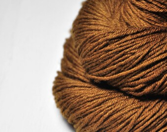 Camel gone wild - Merino/Manx Fingering Yarn
