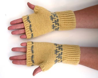 Soft Fairisle handwarmers / womens fingerless gloves hand knitted in 100% wool yarn