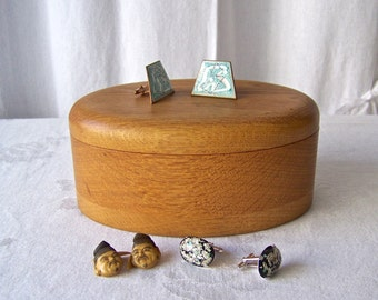 Vintage Wood Dresser Box Men's Cuff Link Box Oak Box Swivel Lid Wood Jewelry Box 1970s
