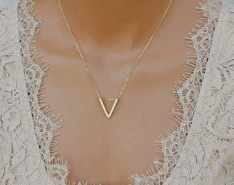 Elegant Pave V Necklace, Cubic Zirconia Necklace, Bridesmaid Necklaces, Gift for Her, V Necklace in 14k Gold Fill