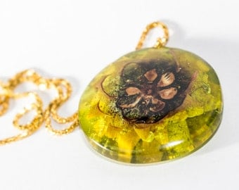 Resin jewelry, resin necklace, resin pendant, wooden necklace, wood jewelry, wood pendant