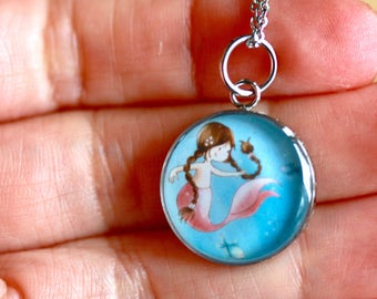 MERMAID PENDANT (Small and Medium) - Handmade resin pendant with stainless steel chain - Perfect for little or big girls