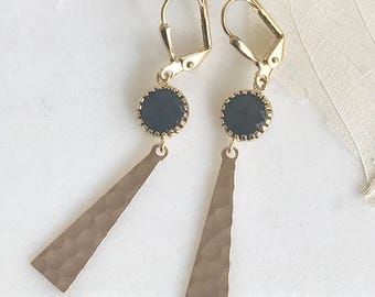 Black and Gold Triangle Dangle Earrings. Jewerly. Gift. Black and Gold Hammered Triangle Drop Earrings. Drop. Dangle. Fashion Earrings.