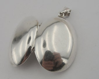 Hadar handcrafted Large Sterling, Silver925 , Pendent,  Photos of your favorite grandchildren, children,chean(402pp)