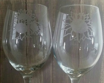 Sunflower wine glasses | etched | set of 2