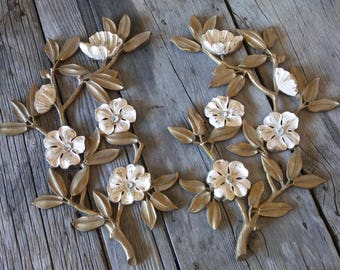 Syroco Flowers/Wall Hanging/1960-1970s/Made in the USA/Set of two