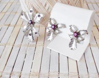 Bugbee & Niles Brooch Pin and Earrings set, Orchid Flowers, Vintage, 1940's, Screw back earrings, Floral pin and eArRiNgS, Flower pendant