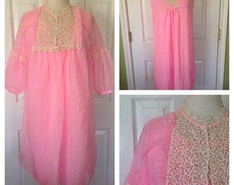 60s Bubblegum Pink Peignor Set