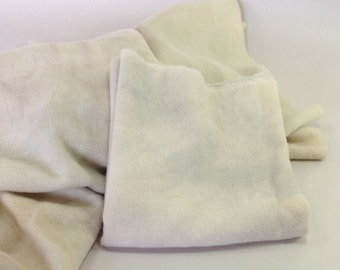 Dirty White, Hand Dyed Wool Fabric, Fat 1/4 yard, for Rug Hooking and Applique, W300, Gray White, Mottled Off White