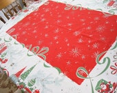 Vintage Christmas Tablecloth Vintage Linens Dining and Serving