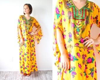 Vintage navajo yellow maxi dress // summer floral dress // boho dress // floral floor length summer spring dress // maxi long sleeve pastel