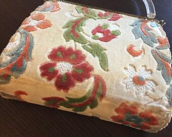 Reversible carpet bag
