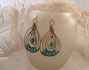 Bronze Wire Pipa Knot Earrings with Turquoise