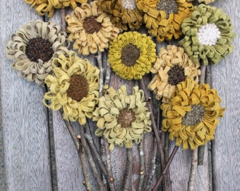 Set of 13 Primitive Folk Art Sunflowers Hooked Rug Flowers