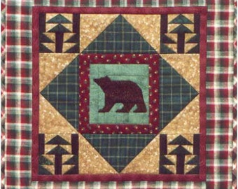 Quilt Pattern, Bear Quilt Pattern, Lodge Mini Quilt Pattern, Applique Pattern, Wall Quilt Pattern, Wall Hanging, Sewing, PATTERN ONLY