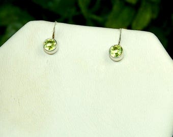 Peridot Studs, Sterling Silver, August Birthstone, Bright Green Color, Dynamic Sparkle, Peridot Earrings