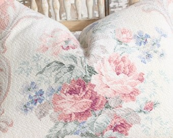 Beach Cottage Bunglalow Peach Coral Pink English Cabbage Roses Floral Pattern Vintage Nubby Barkcloth Decorative Throw Pillow Cushion
