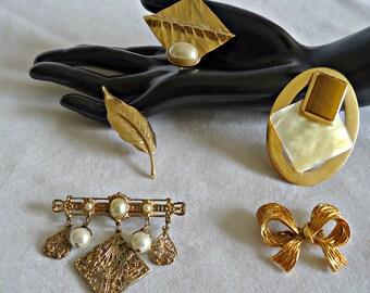 5 Vintage Brooch Pins Brooches Brooch Goldtone Gold tone  Lot I